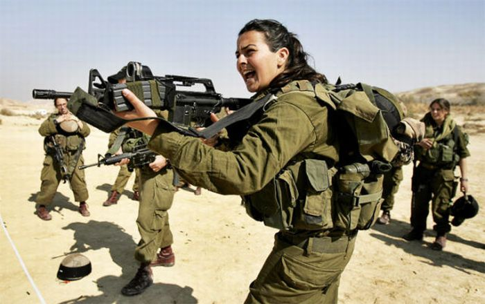 http://africathisday.files.wordpress.com/2014/05/israeli_army_girls_18.jpg